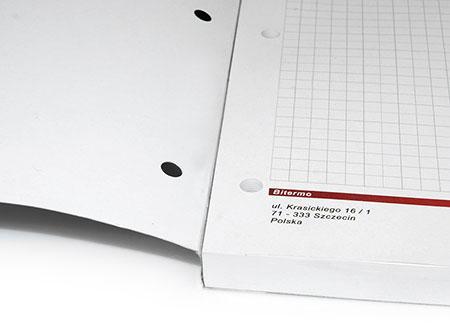 Sposób klejenia drukowanych notesów z okładką pozwala na swobodne wyrywanie poszczególnych kartek.